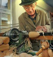 Arbeitende Renter: Warum nicht gleich lebenslang Renteneinzahlungen machen und gar keine Rente mehr erhalten? (Symbolbild)