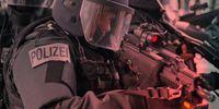 Die Polizei wird zunehmend militarisiert (Symbolbild)