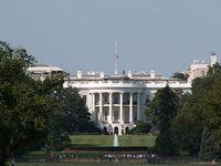Weißes Haus: Obama sucht nach Argumenten. Bild: flickr/Chris Christner