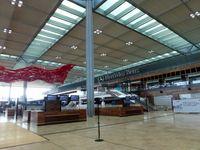 "Flughafen Berlin Brandenburg ""Willy Brandt"": Blick in die Abflughalle, September 2013"