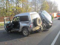 Vollsperrung der A40 nach Verkehrsunfall Bild: Feuerwehr