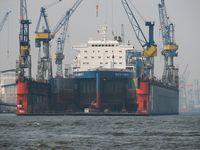 Blohm + Voss Dock 10 im Hamburger Hafen. Bild: GeorgHH / wikipedia.org