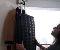 """""""Néit""""-Koffer: starke Verkleinerung in nur zehn Sekunden. Bild: kickstarter.com"""