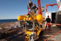 Während der Expedition zu den Methanquellen vor Spitzbergen kam auch das Tauchboot JAGO zum Einsatz. Quelle: Foto: Karen Hissmann, GEOMAR (idw)
