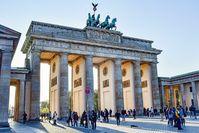 Brandenburger Tor (Symbolbild) - SNA, 1920, 20.08.2021 (Foto: © CC0 / Nikolaus Bader / pixabay)