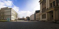 Martin-Luther-Universität Halle-Wittenberg: Universitätsplatz mit Löwengebäude, Audimax, Juridicum und Melanchthonianum
