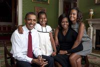 Offizielles Foto der Familie Obama. Bild: wikipedia.org