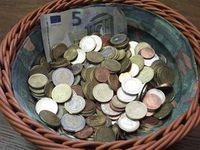 Geld sammeln: Guter Ruf hilft auch online. Bild: Burkard Vogt, pixelio.de
