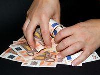 Geldberg, Gewinn, Finanzamt, Steuern (Symbolbild)