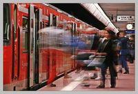Zug: Fahrkomfort könnte eigentlich höher sein. Bild: pixelio.de/birgitH