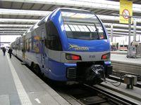 Das Unglücksfahrzeug ET 325 im Münchner Hauptbahnhof