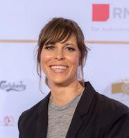 Anneke Kim Sarnau (2016)