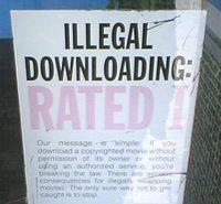 Warnung: BitTorrent-Downloader leicht ausforschbar. Bild: FlickrCC/sillygwailo