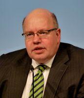 Peter Altmaier auf dem Energy Storage Summit in Düsseldorf 2013