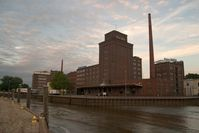 Peter Kölln GmbH & Co. KGaA Werksgelände, älterer Teil, am trocken gefallenen Elmshorner Hafen