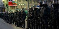 Polizeitruppen, Polizisten, Angestellte im öffentlichen Dienst (Symbolbild)