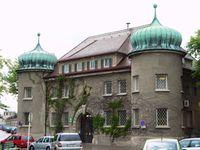 Die Justizvollzugsanstalt Landsberg ist eine Haftanstalt des Freistaates Bayern für erstmals bestrafte männliche erwachsene Strafhäftlinge in Landsberg am Lech.