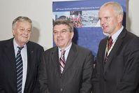 v.L. FIS-Präsident Kasper, IOC-Vizepräsident Bach, OK-Chef Willingen Hensel. Foto: Ski-Club Willingen