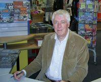 Jason Dark ist ein ehemaliges Verlags-Pseudonym des Bastei-Lübbe-Verlags, unter dem die Romanserie Geisterjäger John Sinclair publiziert wird. Seit einigen Jahren ist es ein persönliches Pseudonym von Helmut Rellergerd.