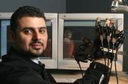 Prof. El Saddik arbeitet am haptischen Internet. Bild: Katrin Binner / TU Darmstadt