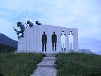 Gedenkstätte Distomo Bild: de.wikipedia.org