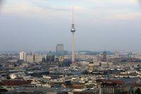 """Fernsehturm, Alexanderplatz Berlin Bild: """"obs/DFGM Deutsche Funkturm Gesellschaft/Michael H. Ebner"""""""