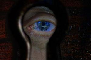 Ausspionierter User: Persönliche Daten für Werbung. Bild: pixelio.de, B. Kasper