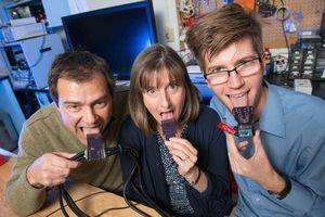 """""""Zungenspange"""" im Test: Forscher präsentieren neues Gerät. Bild: colostate.edu"""
