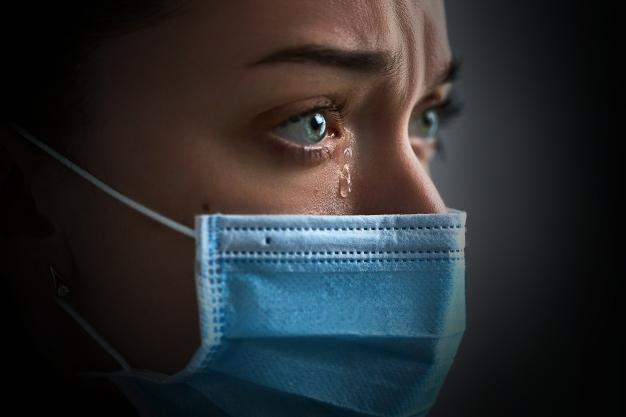 """Das Tragen von """"Altagsmasken"""" über 25 Minuten am Stück ist gesundheitsschädlich und kann zu Atemwegserkrankungen führen (Symbolbild)"""