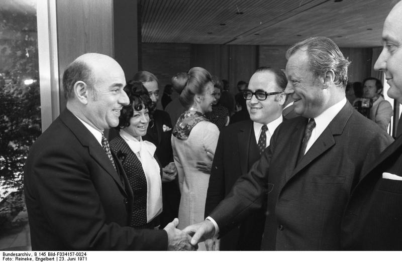 Artur Brauner mit Willy Brandt (1971), Archivbild