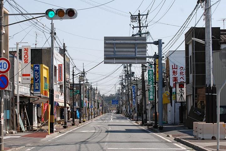 Fukushima: Namie ist schon am 12.April 2011 eine Geisterstadt
