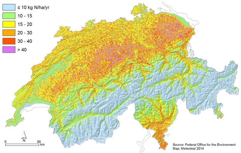 Zwei Drittel der Stickstoffeinträge in der Schweiz stammen aus der Landwirtschaft sowie ein Drittel aus der Verbrennung von fossilen Brennstoffen. Quelle: © Universität Basel (idw)