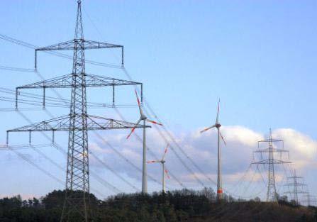 Mit neuer Technik sollen 380 KV-Leitungen doppelt so viel Strom transportieren und sich dabei auf bis zu 210 °C erhitzen. Das wären dann elektrische Heizdrähte quer durch Deutschland. Und was ist mit den Vögeln, die sich auf die heißen Drähte setzen?