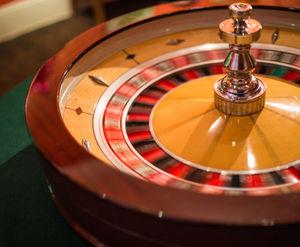 Roulette: Glücksspielsucht vermehrt bei Jugendlichen. Bild: pixelio.de/R. Sturm