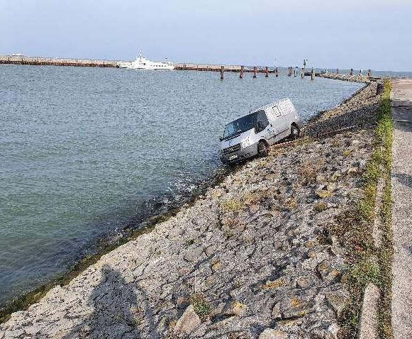 Fahrzeug am Außenhafen Bild: Polizei