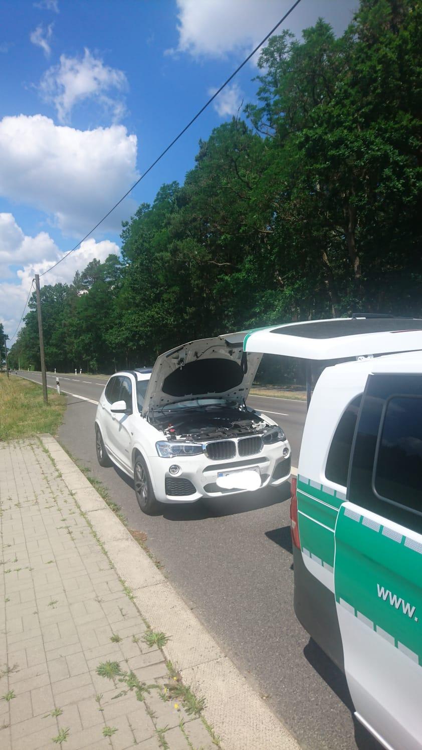 Gestohlener BMW X3 Bild: Bundespolizeiinspektion Ludwigsdorf (ots)